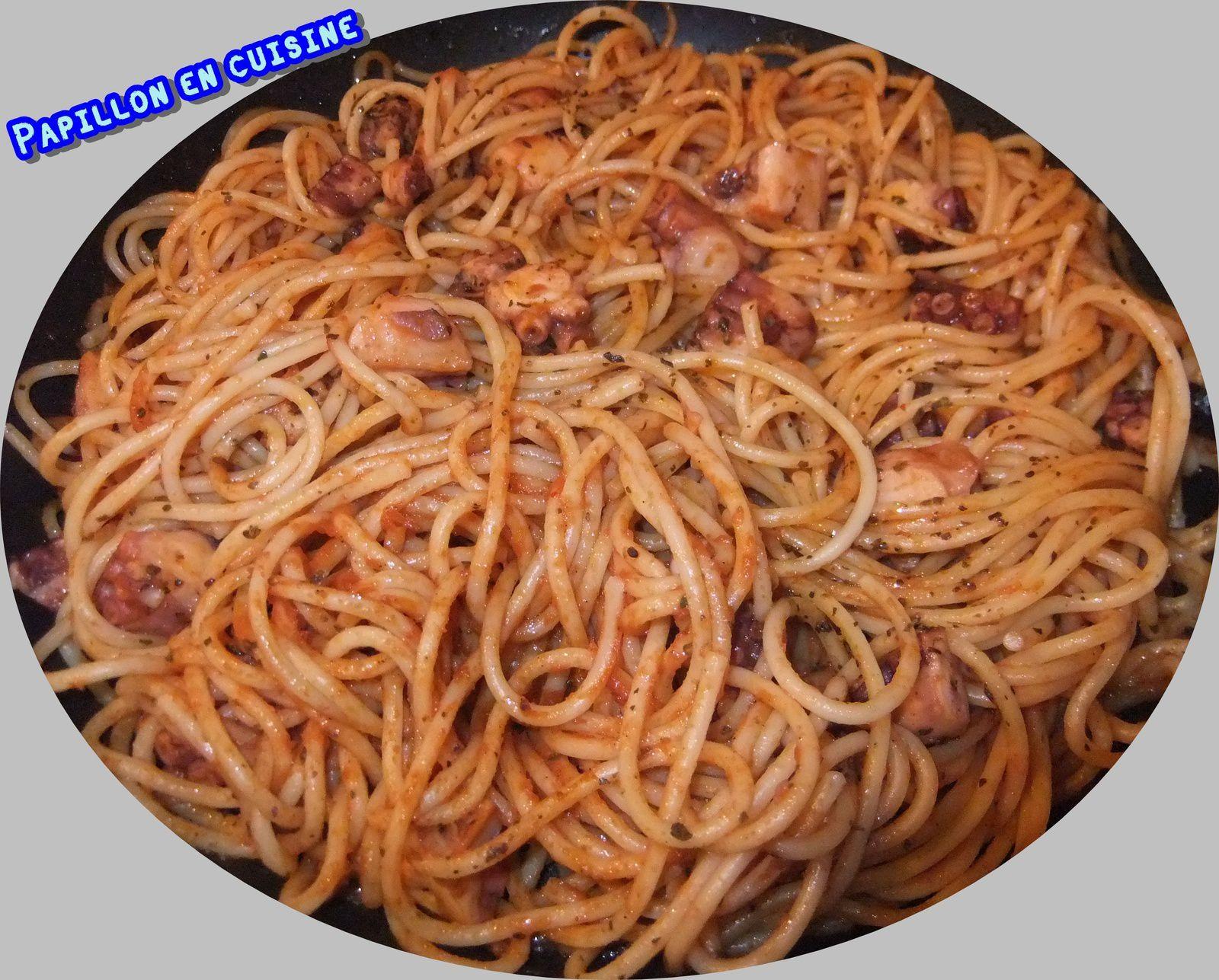Recette : Spaghettis aux morceaux de poulpe sauce tomate