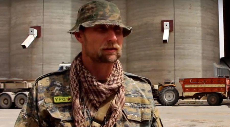Volontaire US combattant avec les Kurdes syriens