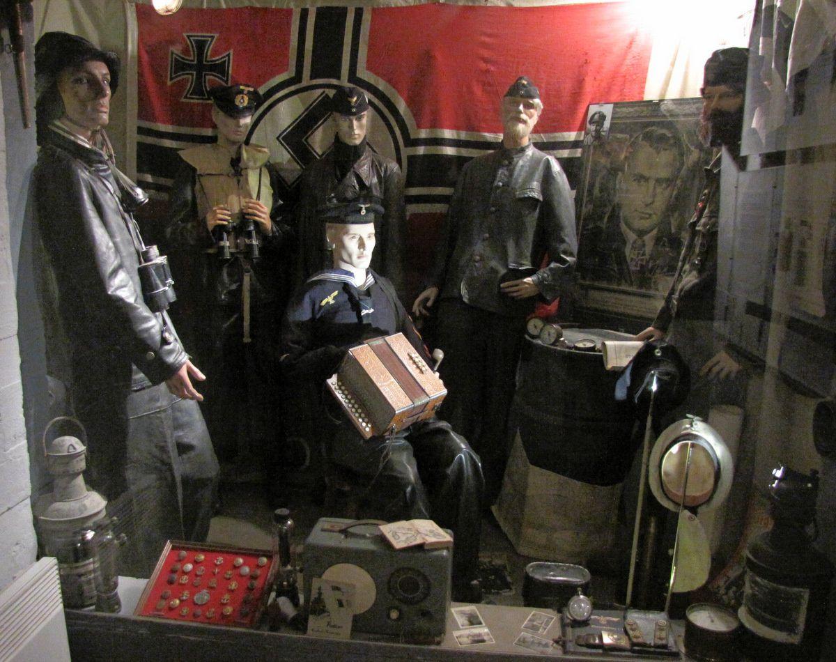 Batterie de Melville, soldats allemands dans la casemate n°1