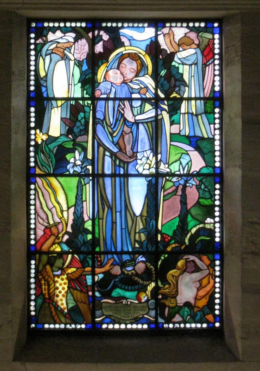 Vitrail de la chapelle du musée Maurice Denis