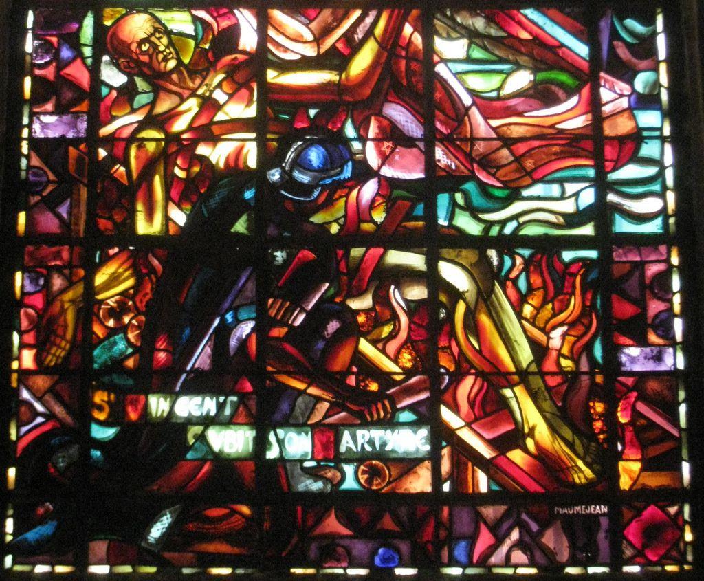 Vitrail St Germain et St Vincent, église St Germain de St Germain-en-Laye