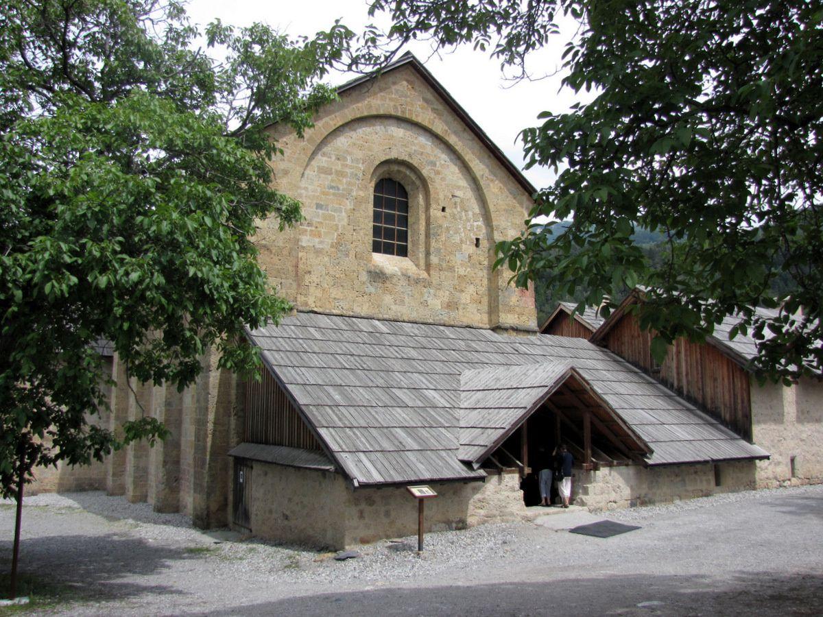 Abbatiale de l'abbaye de Boscodon (Ordre du Chalais)