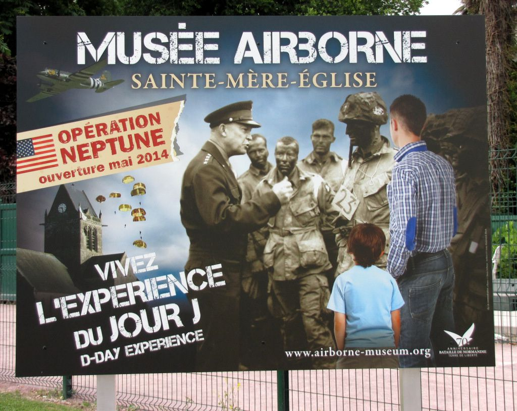 Sculpture &quot&#x3B; The Day They Came &quot&#x3B;, musée Airborne