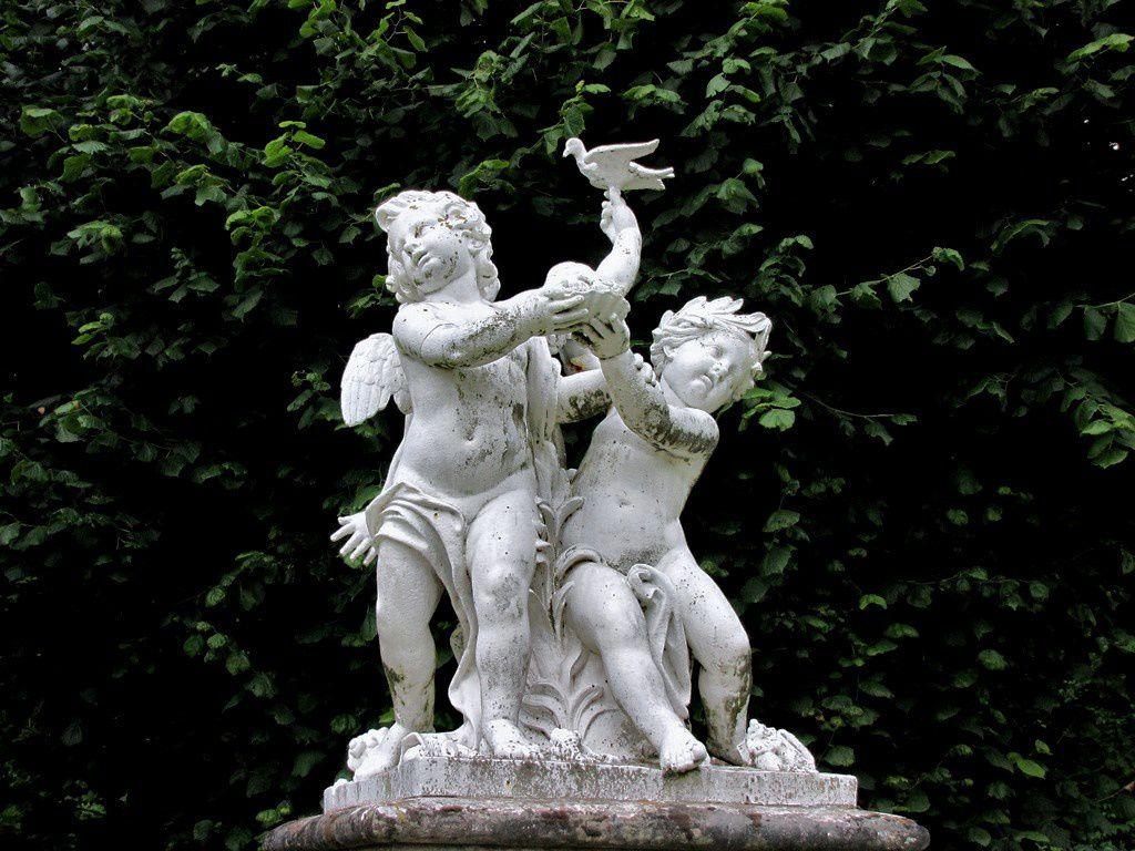 Marmousets à l'oiseau de Pierre Granier (2/2), château de Franconville