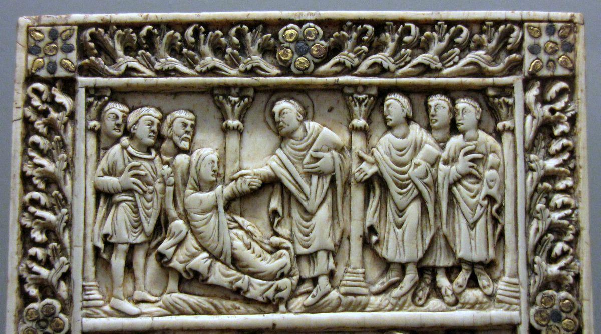 Scènes de la vie de saint Rémi (ivoire), musée de Picardie