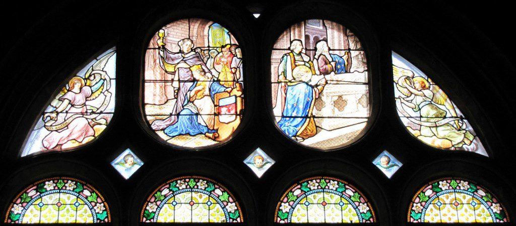 Vitrail &quot&#x3B; Voeu de la ville de Paris &quot&#x3B;, église Notre-Dame de Pontoise