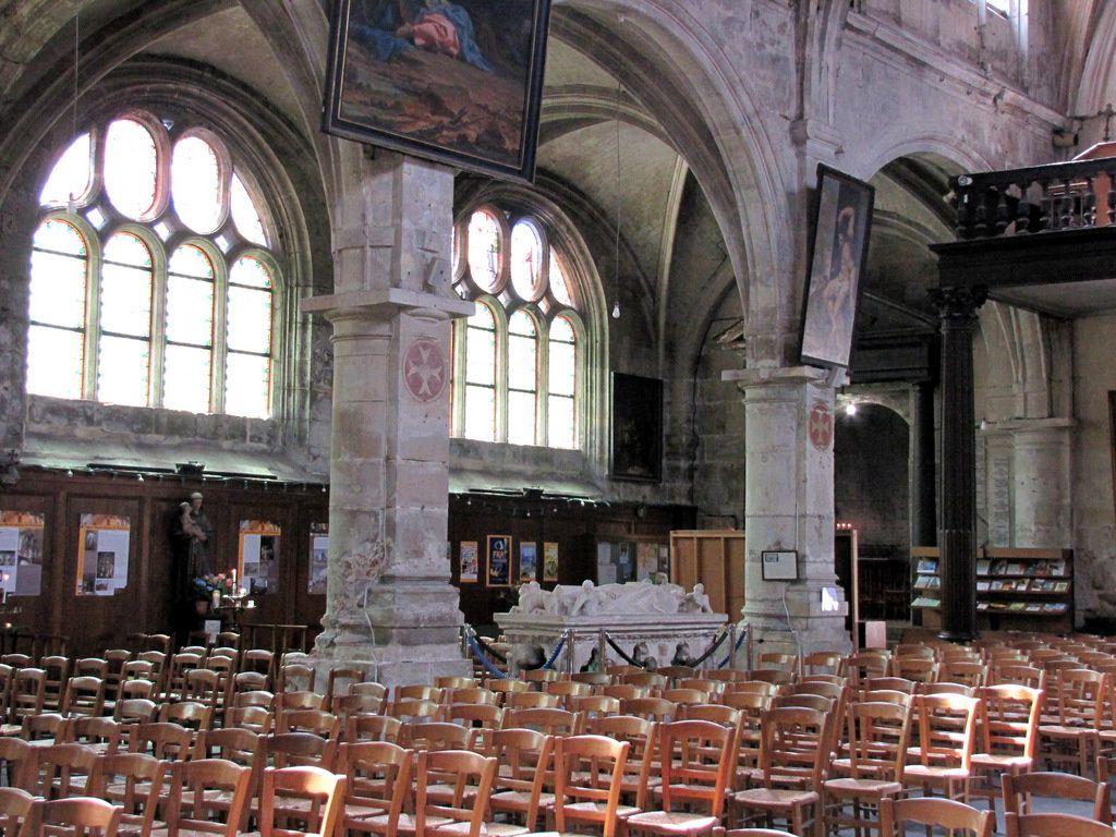 Le tombeau de Saint Gauthier, église Notre-Dame de Pontoise