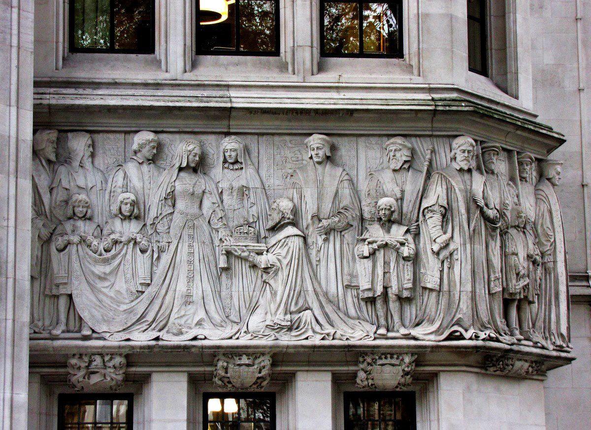 Façade de &quot&#x3B; Middlesex Guildhall&quot&#x3B;, siège de la Cour Suprême  du Royaume-Uni
