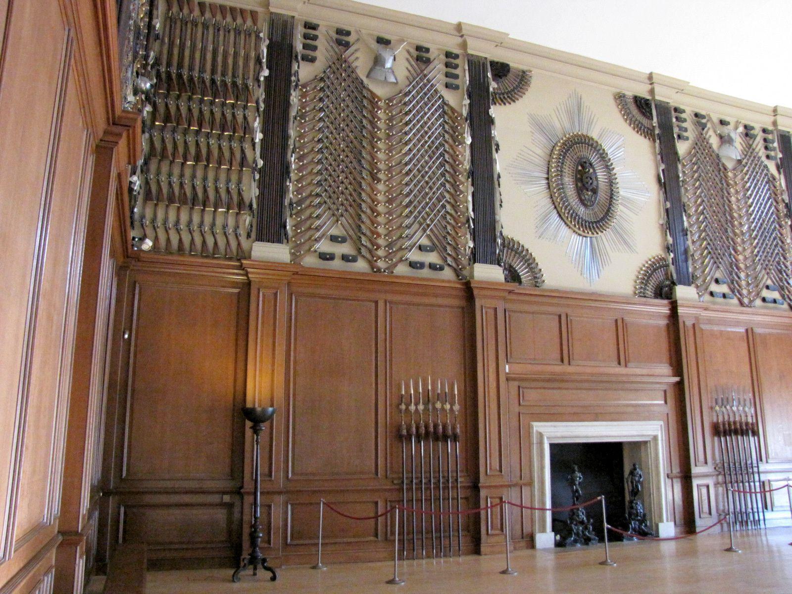 Salle des Gardes, Hampton Court Palace