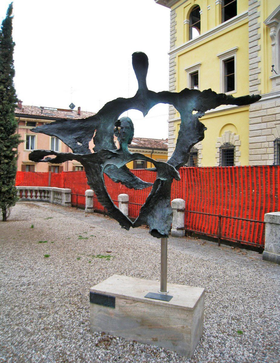 Romeo e Giulietta un sogno sospeso, bronze d'Enrico Muscetra