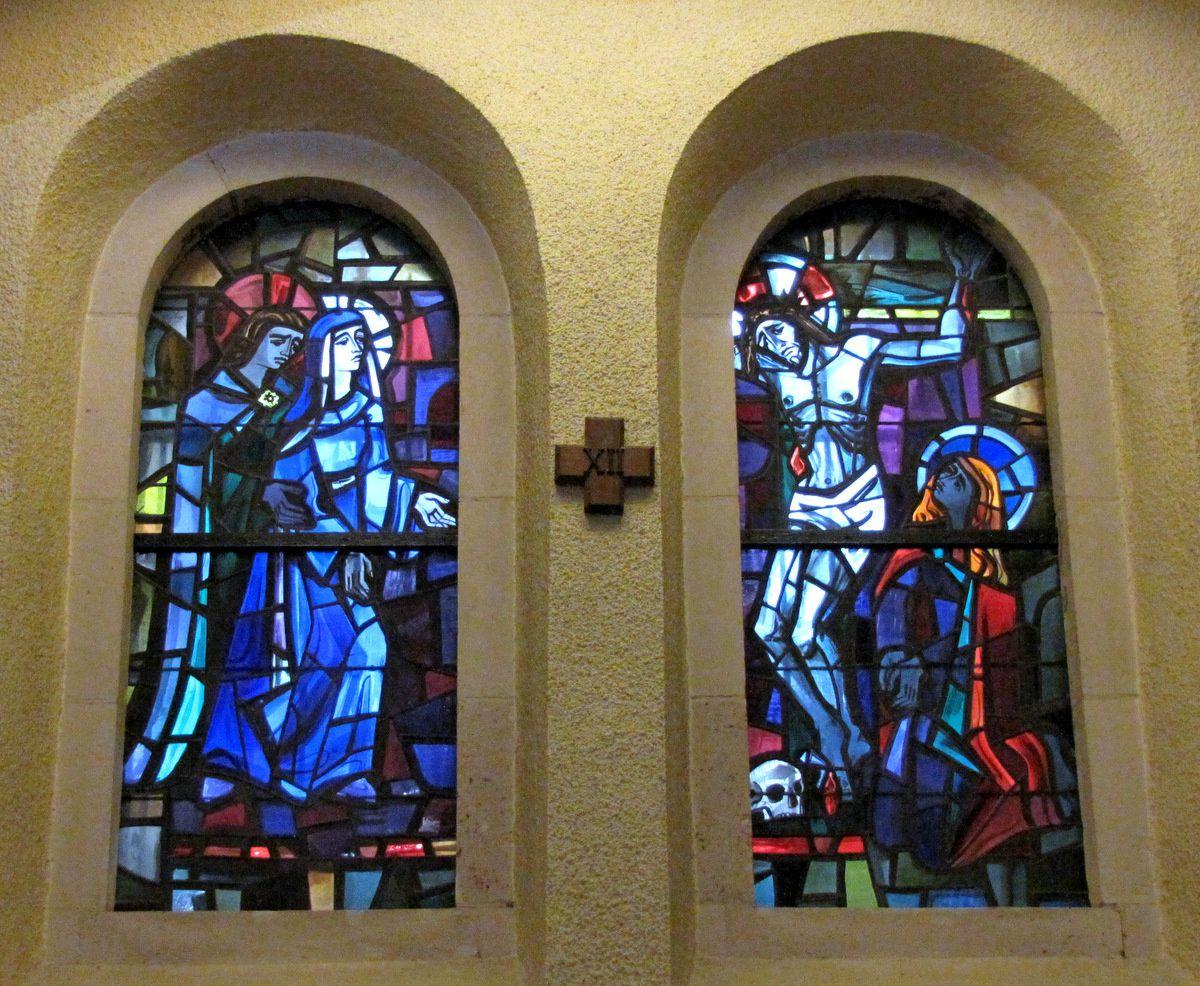 Basilique de Lisieux, stations du Chemin de Croix (vitraux)