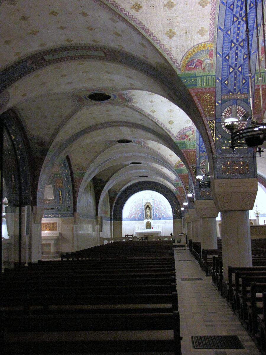 Chapelles (2/2) de la crypte de la basilique de Lisieux