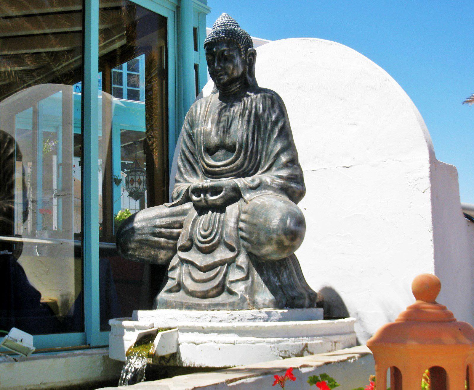 Sculptures à Puerto del Carmen (île de Lanzarote)
