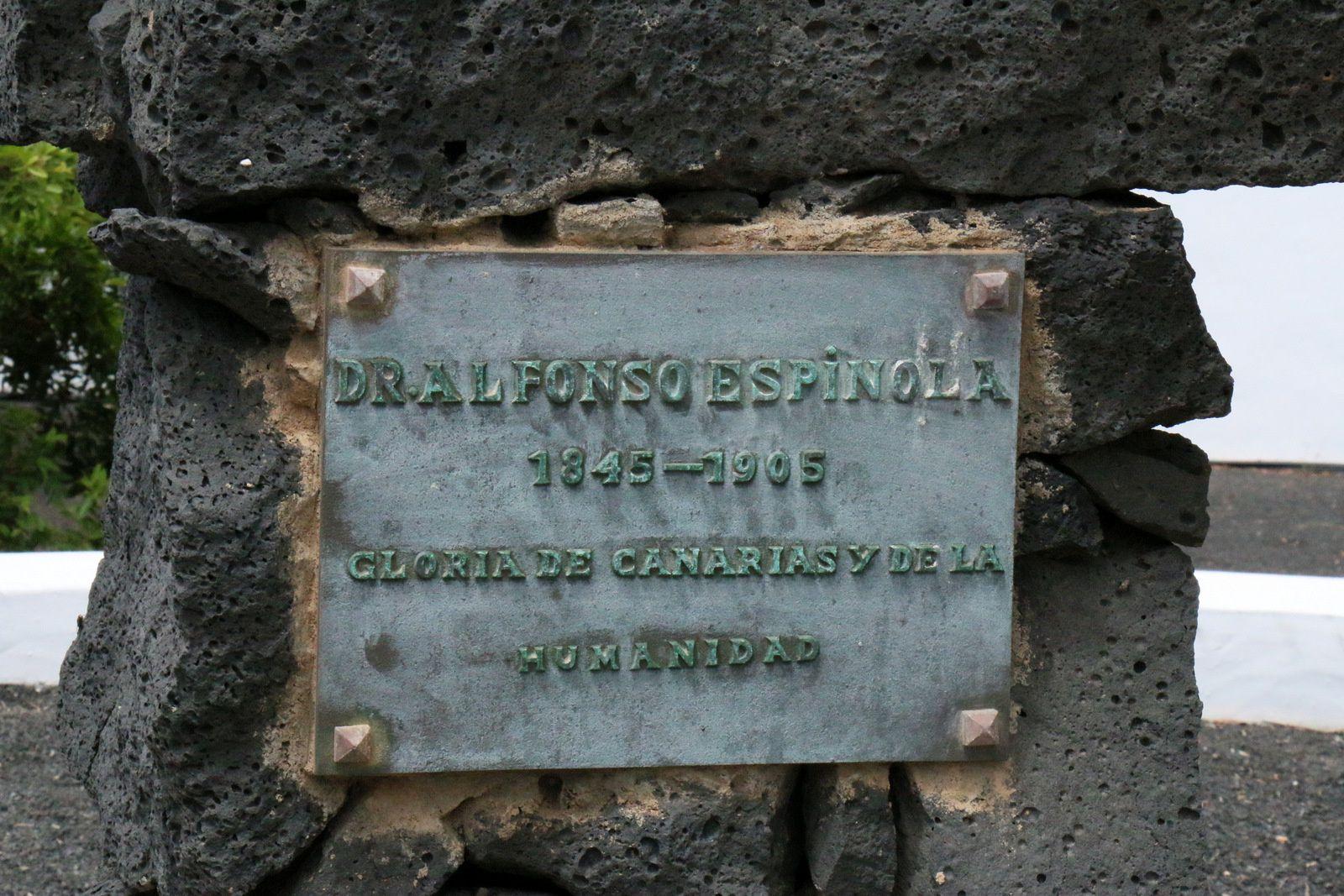 Buste de Alfonso Espinola, Teguise (île de Lanzarote, Canaries)