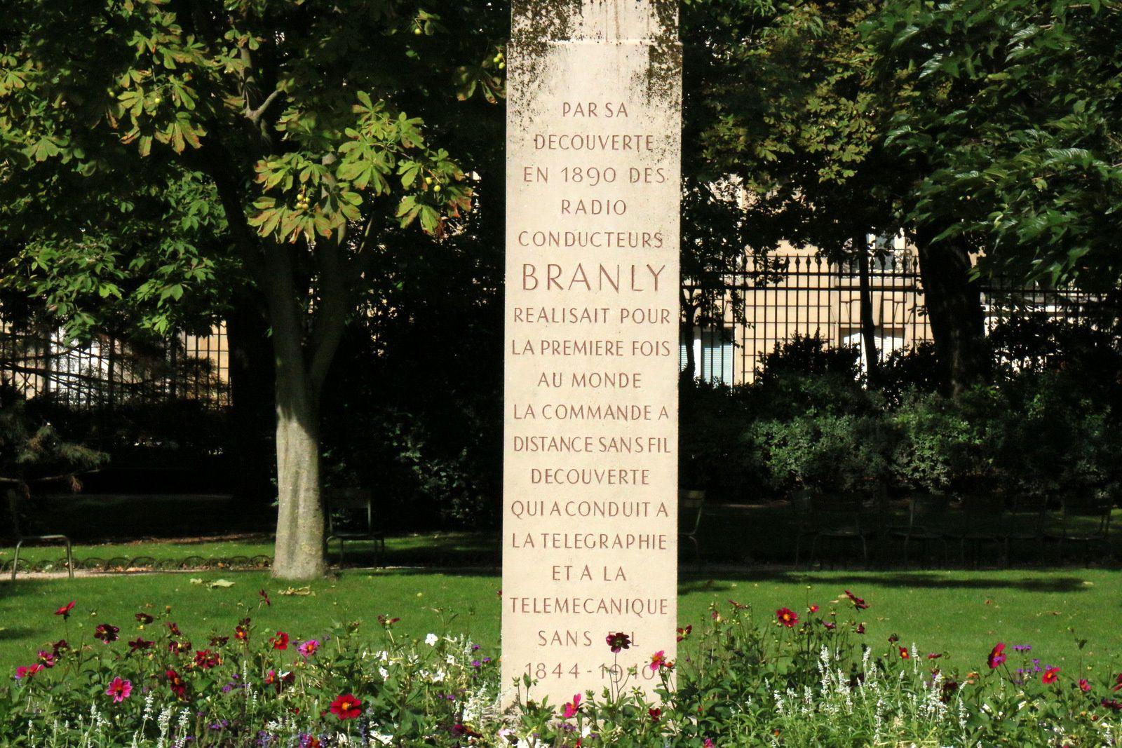 Buste de Branly, jardin du Luxembourg