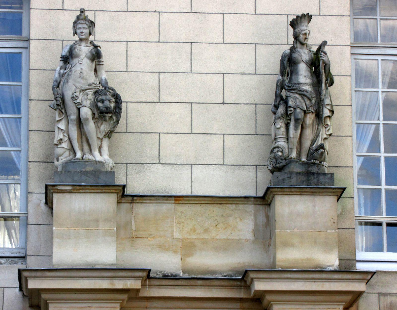 Façade est du château de Malmaison