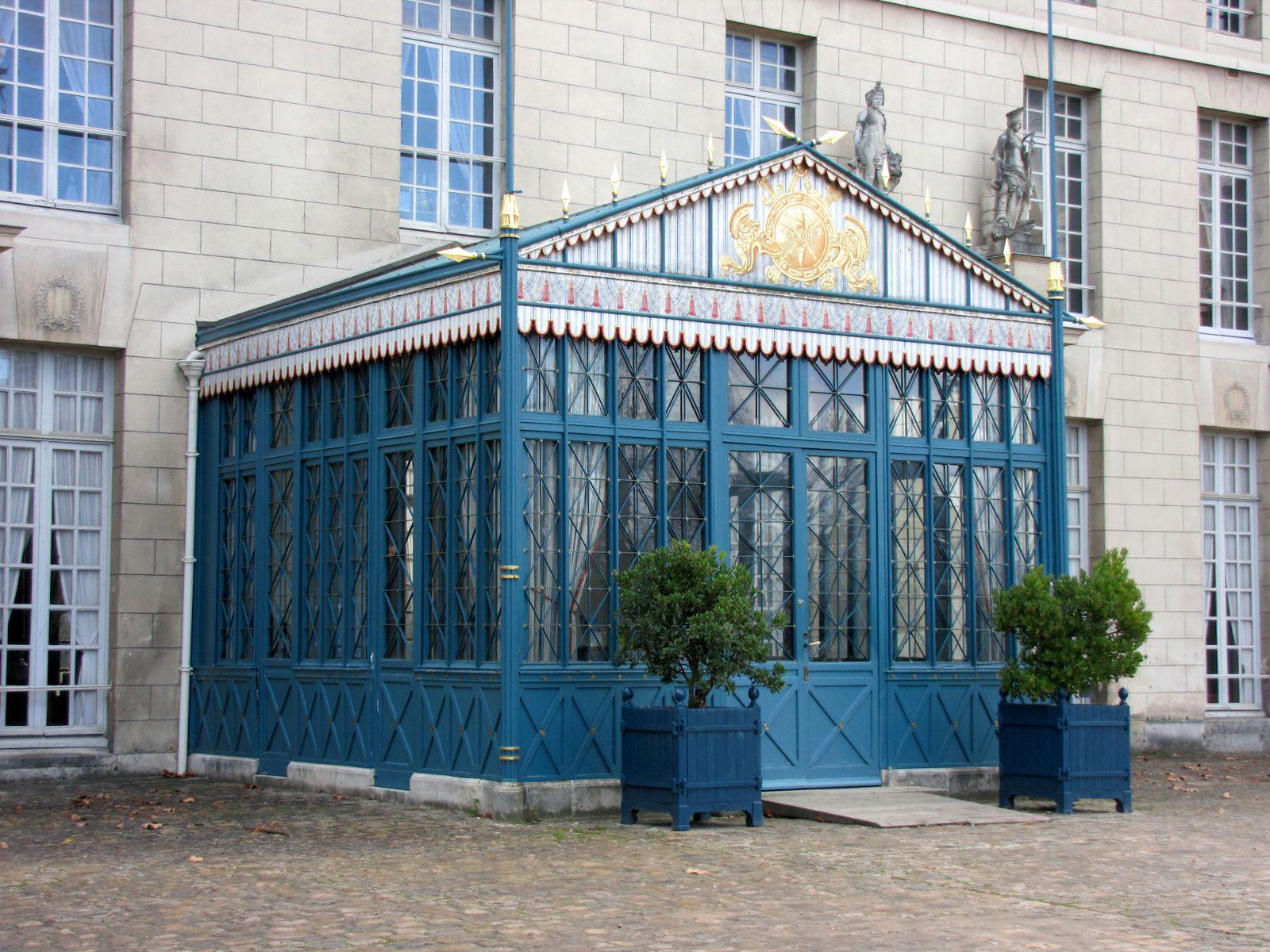 La tente et les centaures du vestibule du château de Malmaison