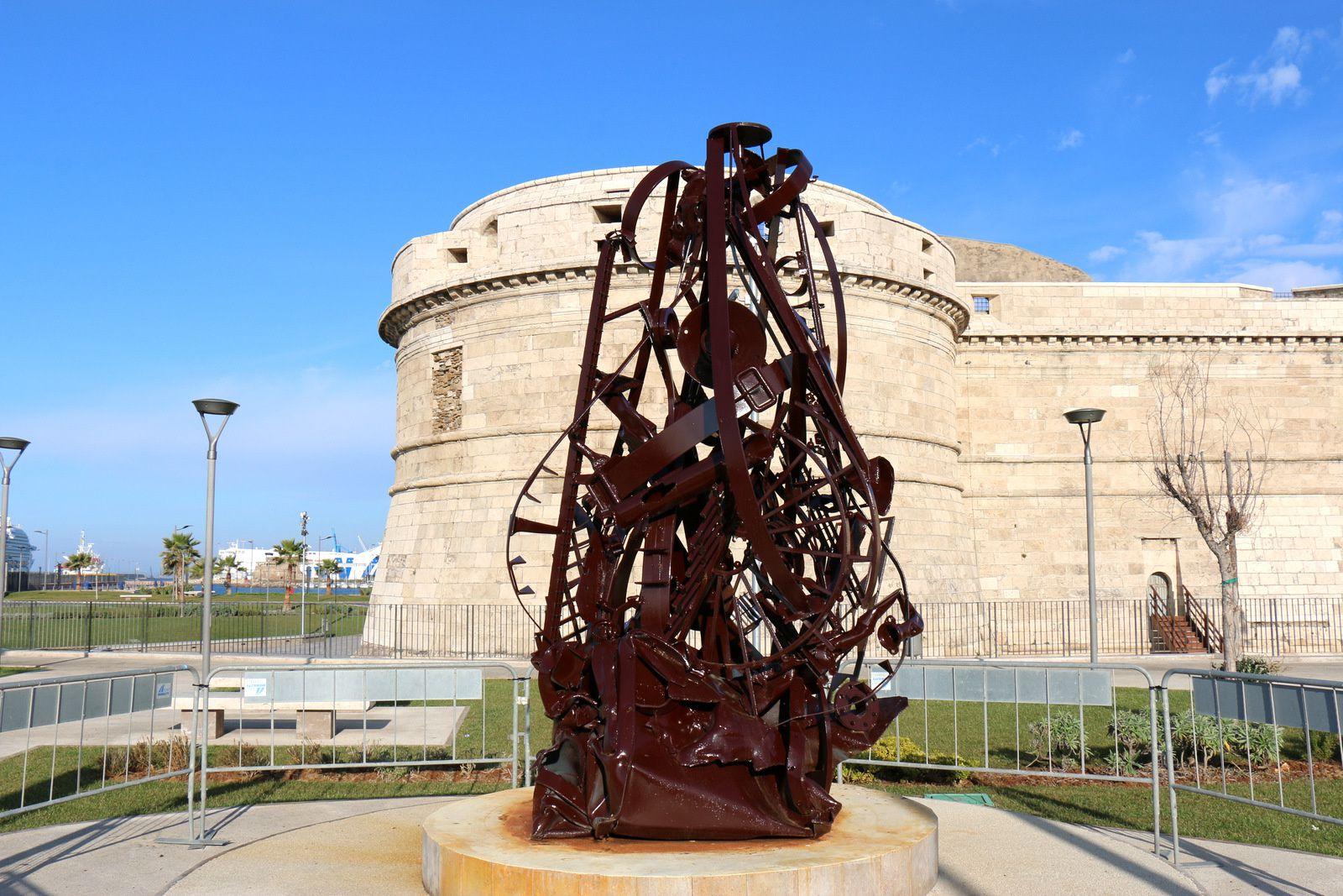 Civitavecchia, monument pour le bicentenaire des carabiniers