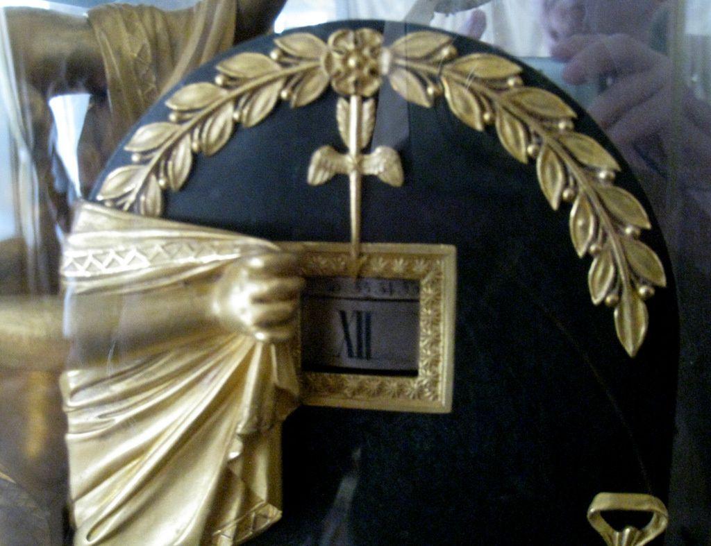 Pendule &quot&#x3B;L'Oubli du temps&quot&#x3B;, chambre à coucher de l'Empereur (Malmaison)