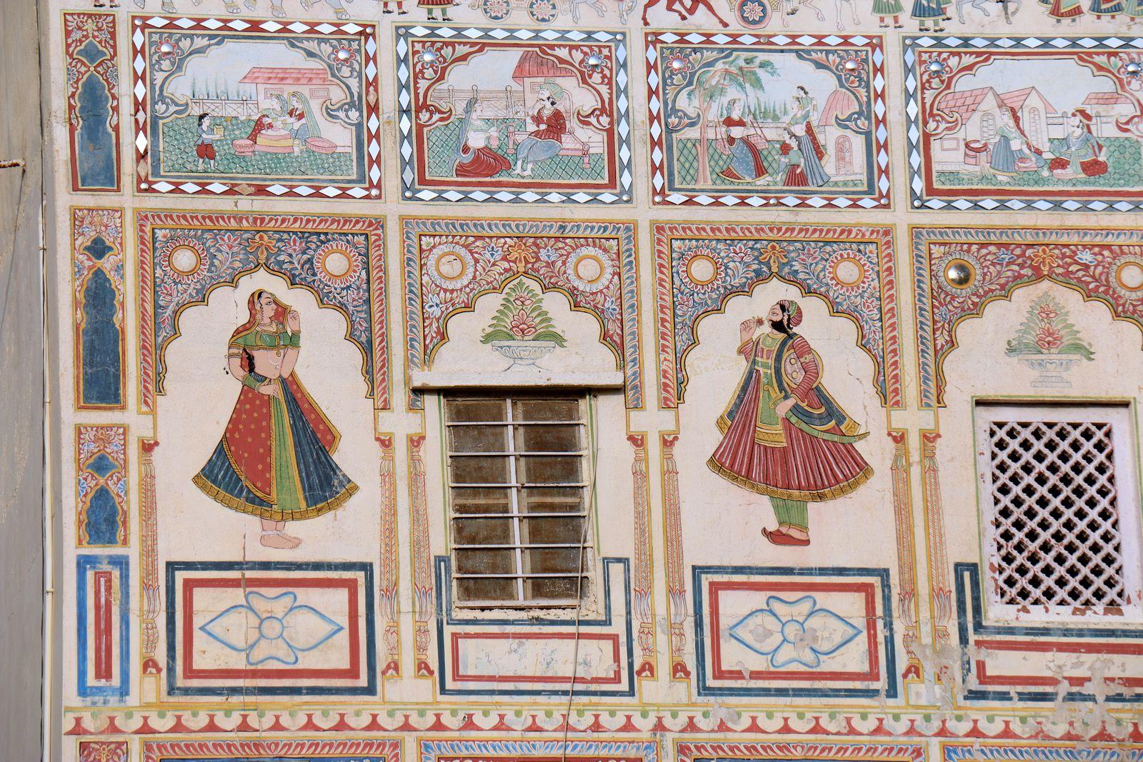 Hôtel &quot&#x3B;Shekhawati&quot&#x3B; à Mandawa (Rajasthan, Inde), fresques