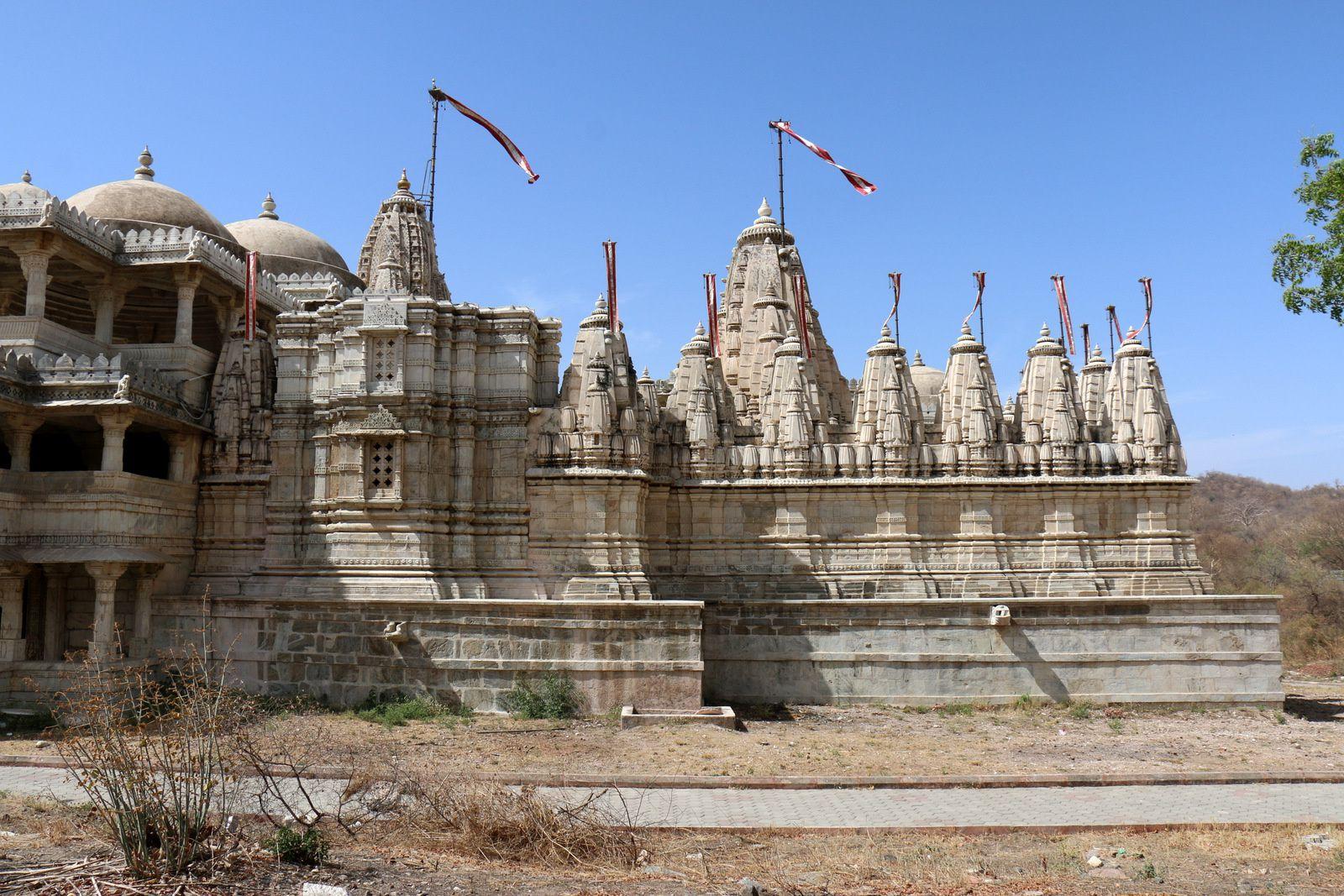 Temple d'Adanath du site de Ranakpur (1/2), Rajasthan (Inde)