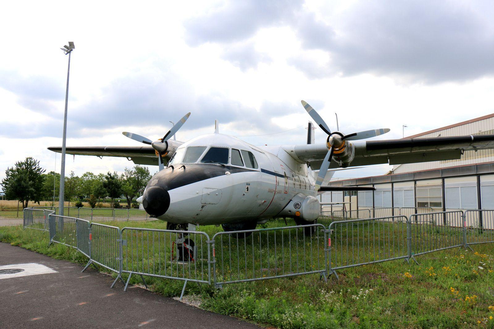 Nord-Aviation N262 et Dassault Falcon (Mystère) 20C