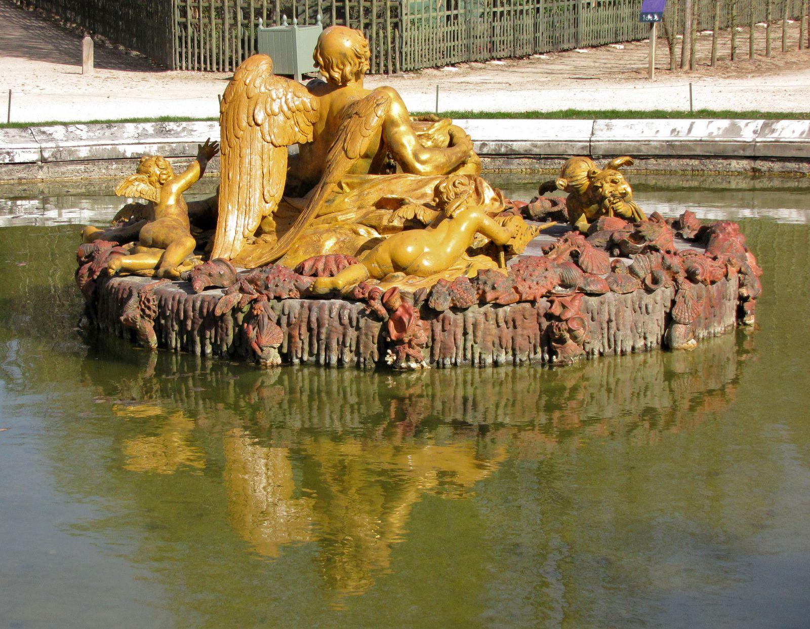 Bassin de Saturne (François Girardon. 1877), parc de Versailles