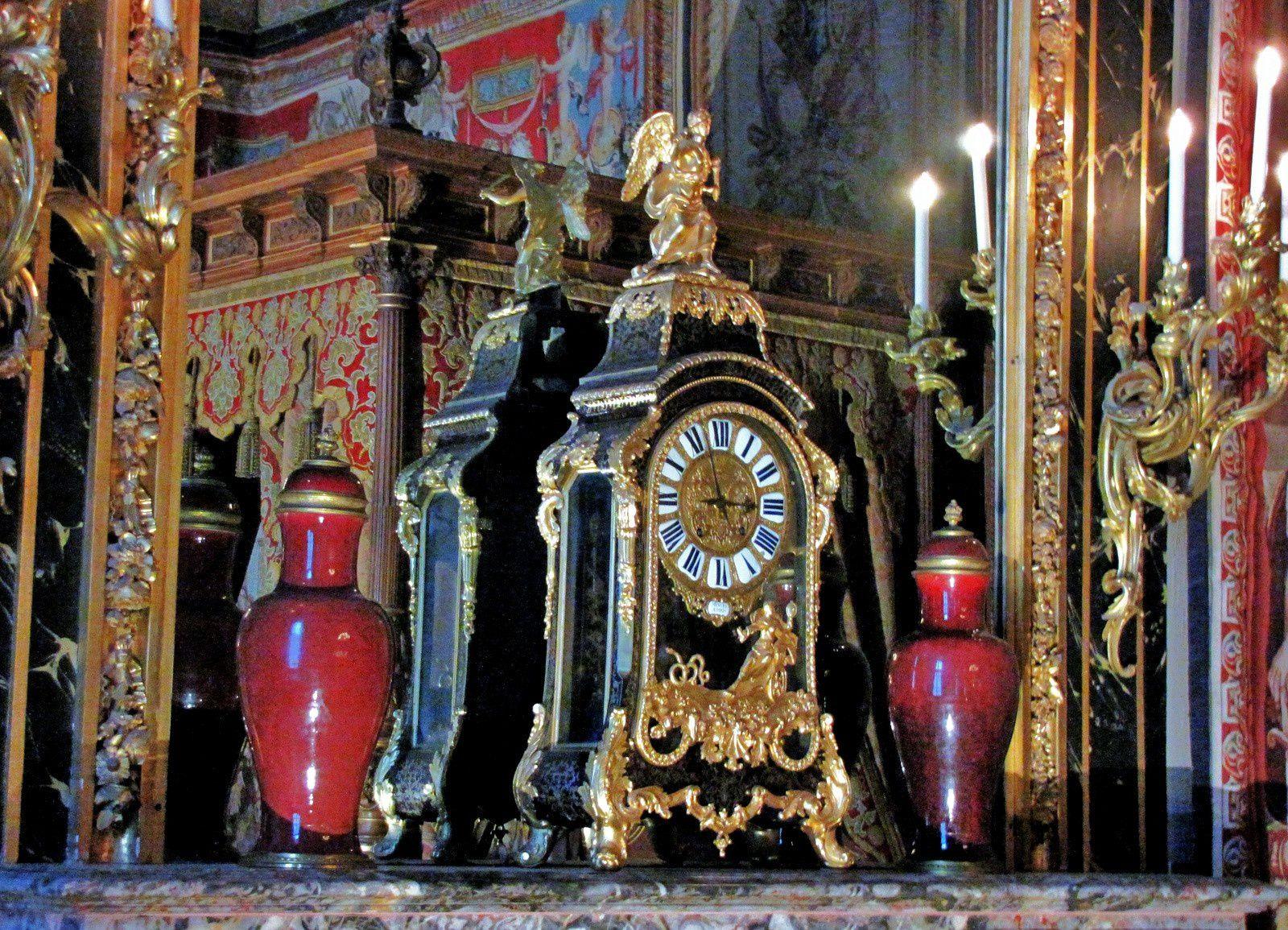 Décors de la chambre d'Anne d'Autriche, château de Fontainebleau