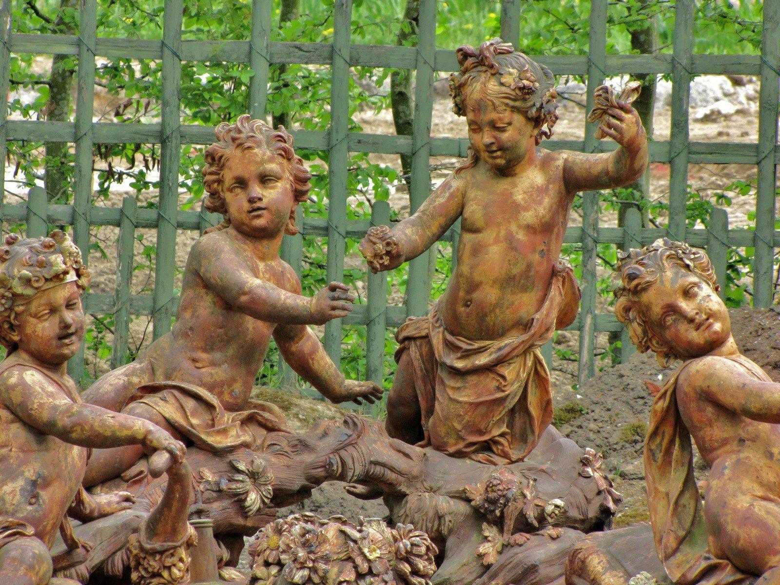 Angelots, parc de Versailles