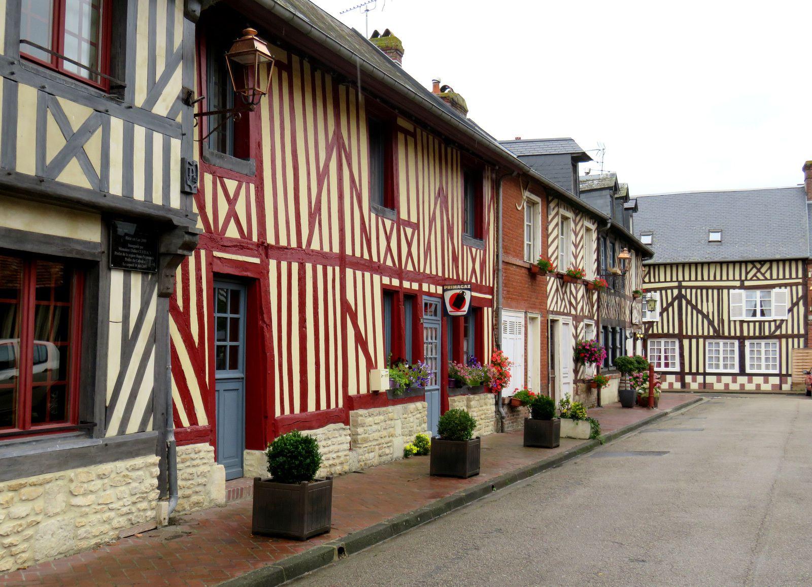 Beuvron-en-Auge, maisons à colombages