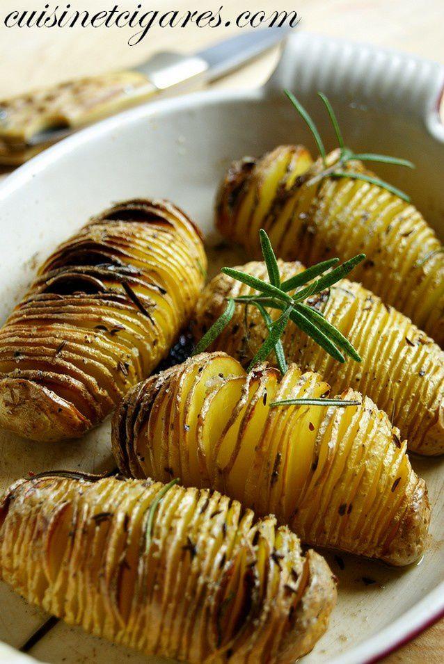 Pommes de terre suédoises {Hasselbackpotatis} et Ribbs caramélisés
