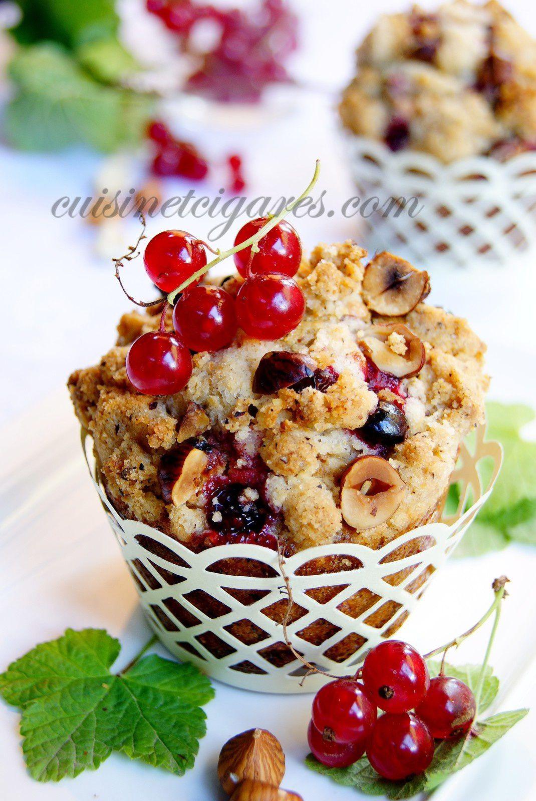 Muffins Streusel aux Noisettes et Groseilles dans le dernier Yummy Magazine N°19