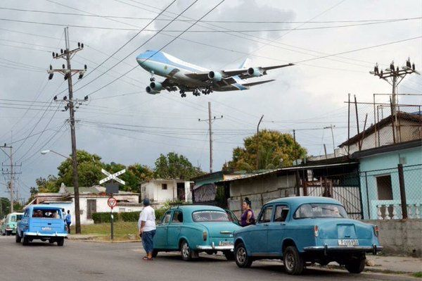 Air Force One au-dessus de Cuba