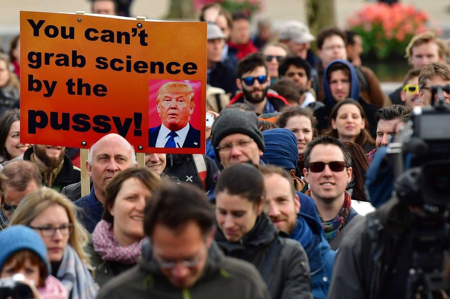 Trump ramène sa science