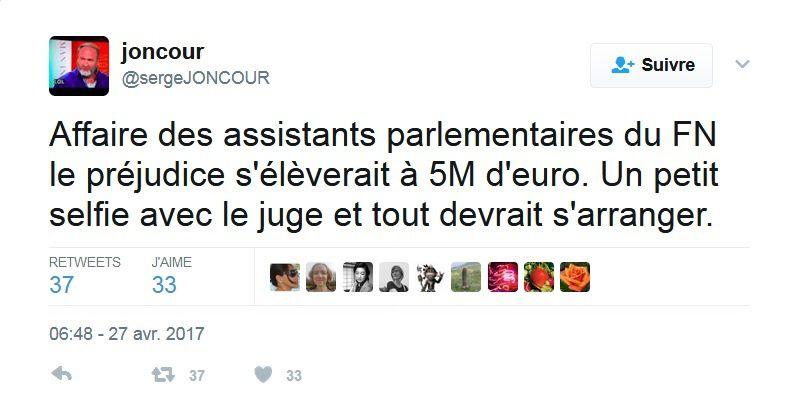 Les photos tout sourire de Marine Le Pen au milieu des ouvriers Whirlpool bientôt sans emploi sont d'une violence indescriptible.