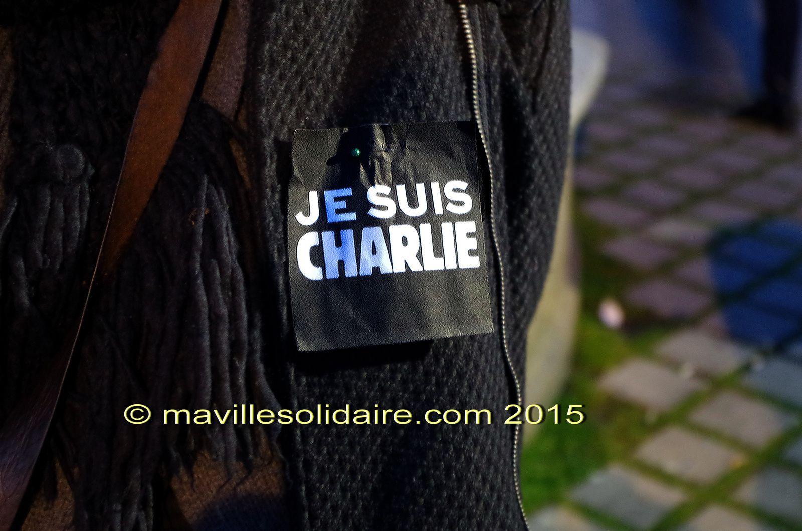 Charlie Hebdo: nouveau rassemblement vendredi 9 janvier 2015 à 18 h 30 place Napoléon.