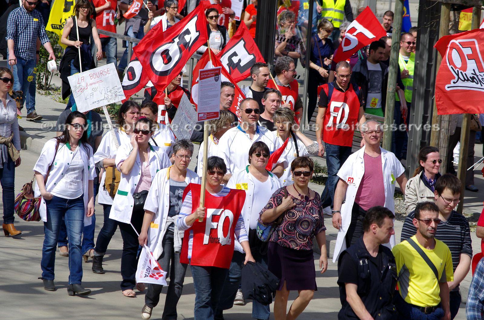 La Roche-sur-Yon. 800 personnes manifestent contre l'austérité.