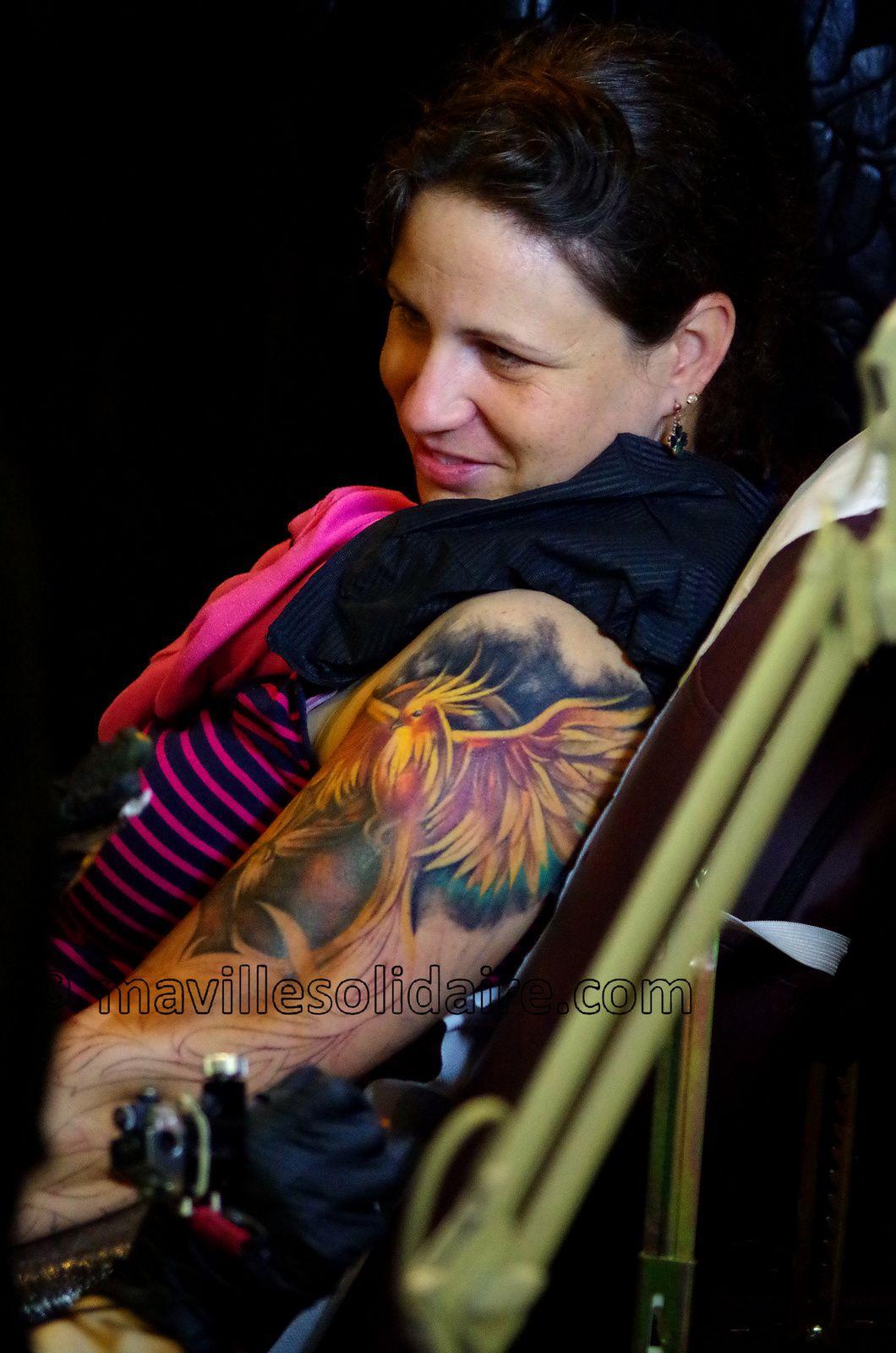 1ères images de la convention tatouage de la Roche-sur-Yon.