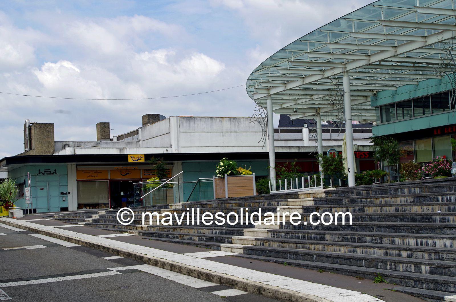 La Roche-sur-Yon. Trois scénarios de 8 à 20 millions d'euros pour les Halles.