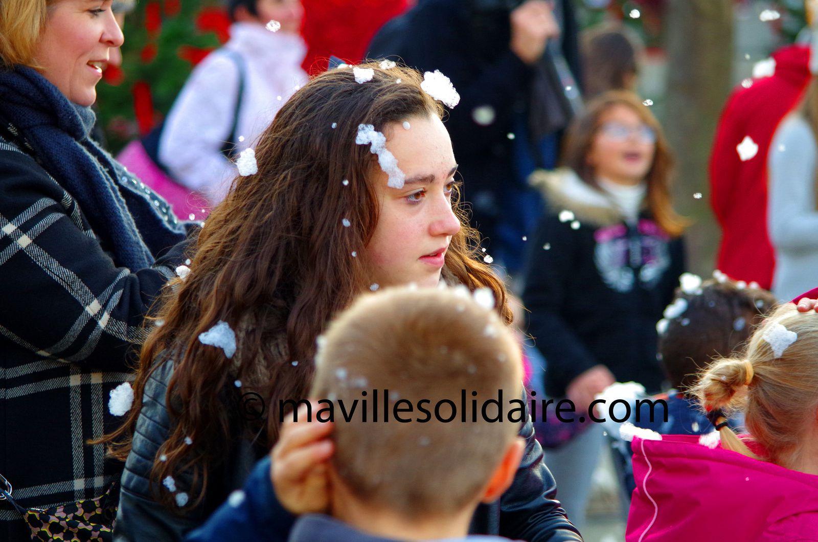 La Roche-sur-Yon. [Images] Noël en Fête samed 12 décembre 2015.