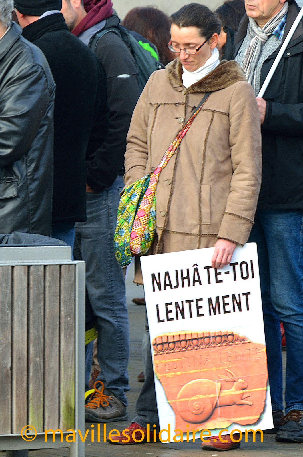 Fonction publique: près de 400 manifestants à la Roche-sur-Yon.