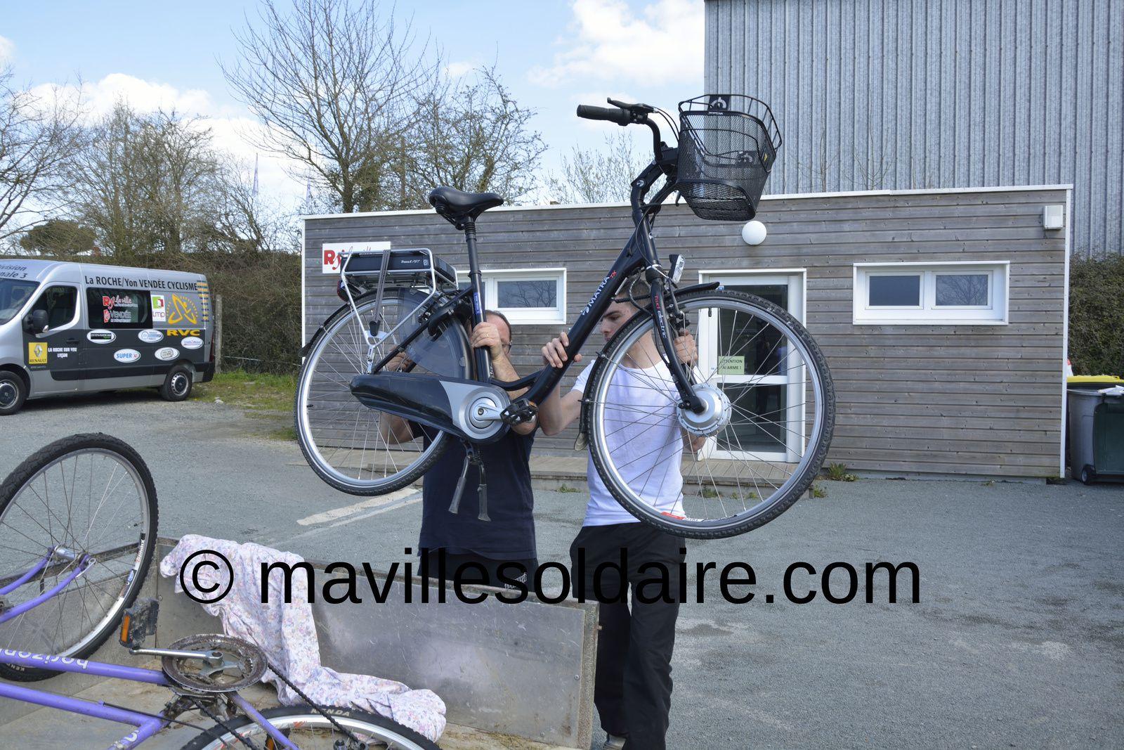 La Roche-sur-Yon. La Bourse au vélo: plus de 200 vélos d'occasion à vendre.