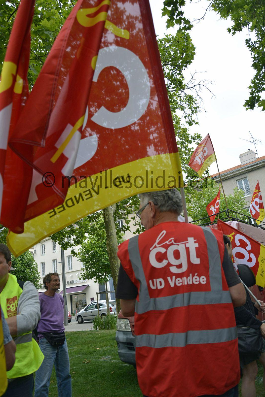 La Roche-sur-Yon. Manifestation loi travail : cent personnes ont manifesté.