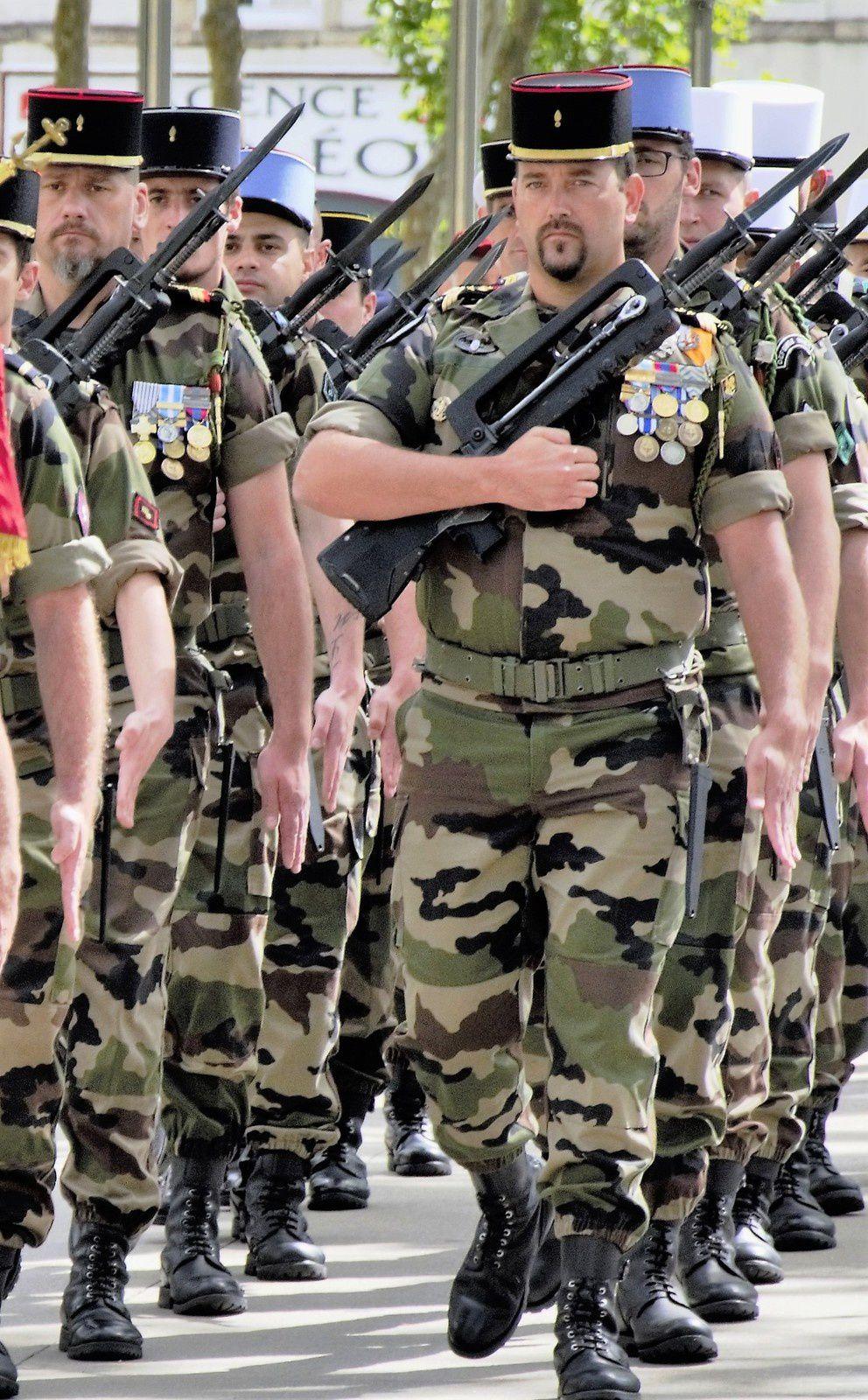 La Roche-sur-Yon. Premières patrouilles de &quot&#x3B;Sentinelle&quot&#x3B; à la Roche et aux Sables.