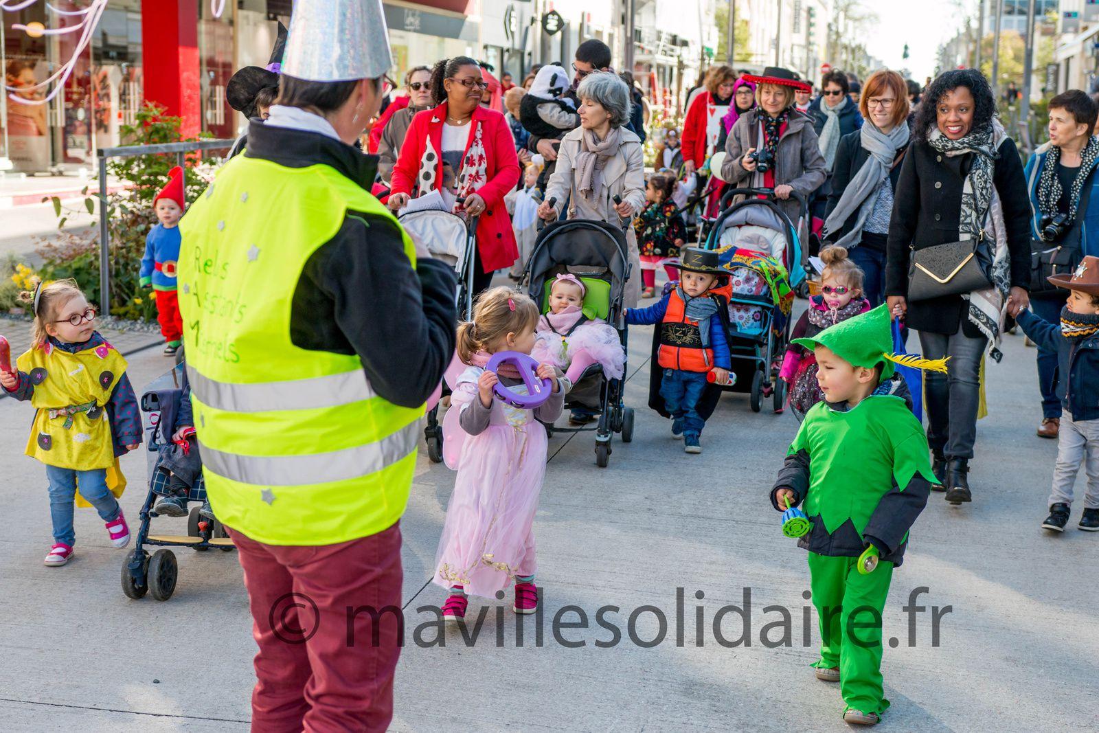 La Roche-sur-Yon. Une centaine d'enfants défilent pour le carnaval