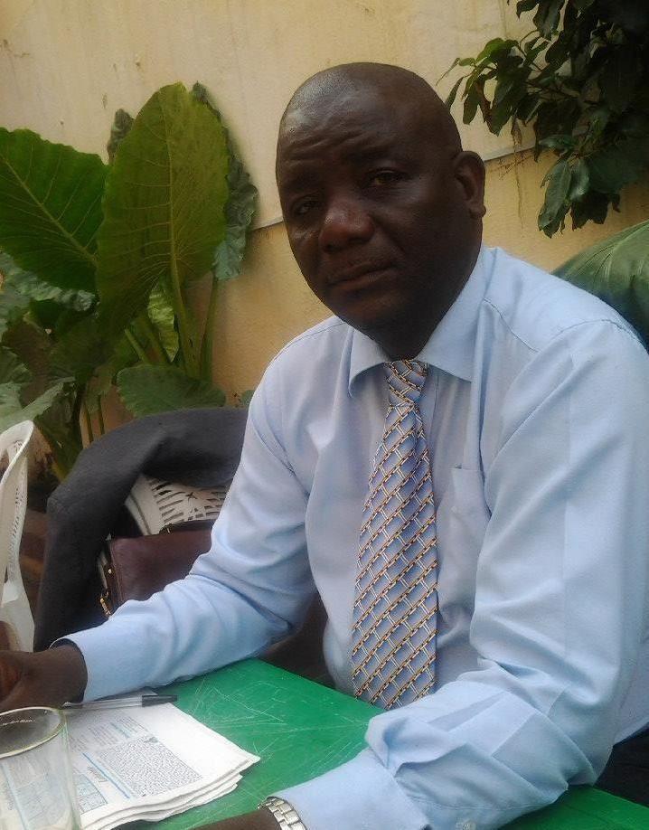 O escritor e médico Sabactani, o nome literário do Ndombel Silva