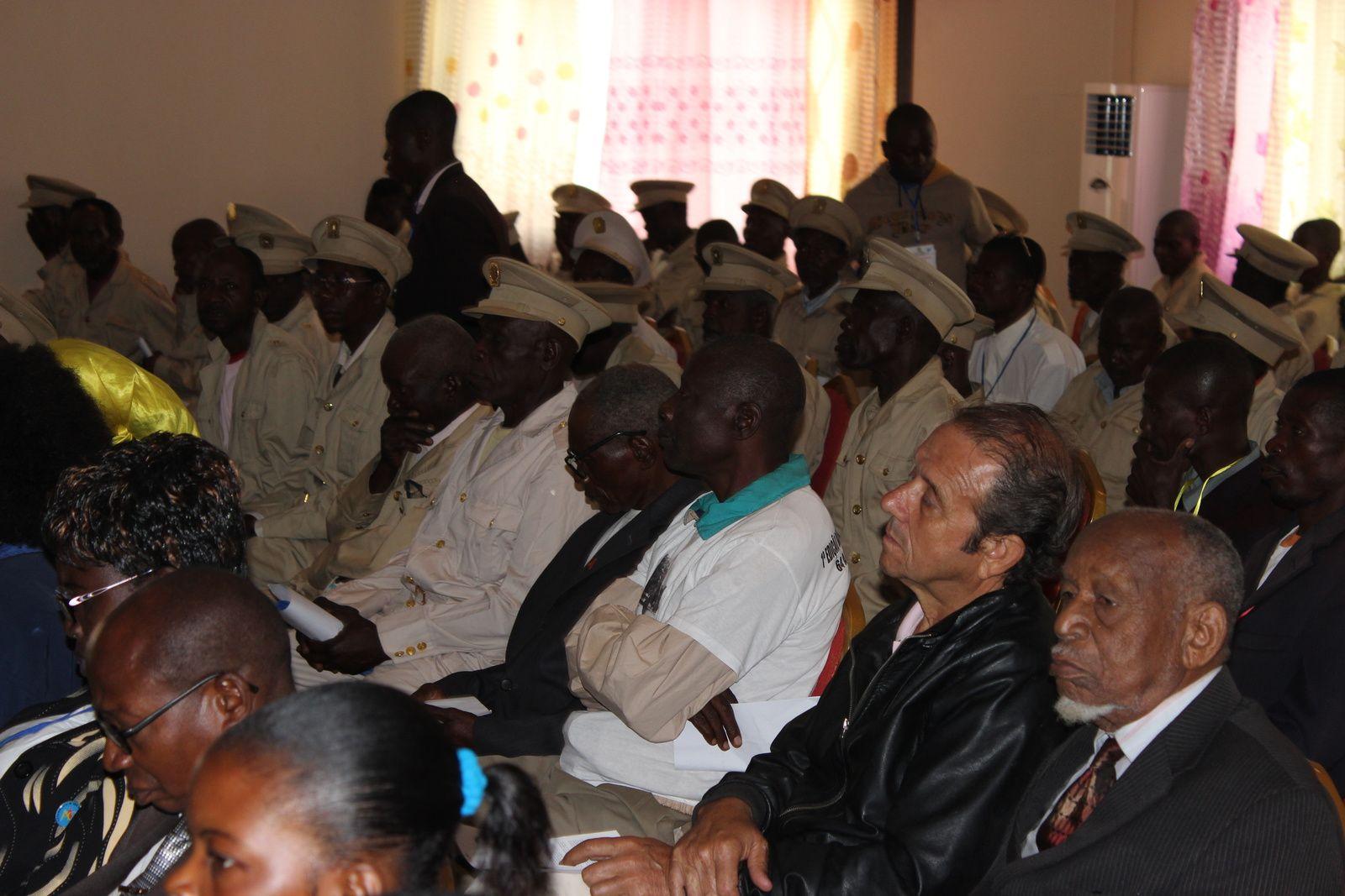 Participantes do primeiro Coloquio sobre as origens da Damba. Imagem do Muana Damba.