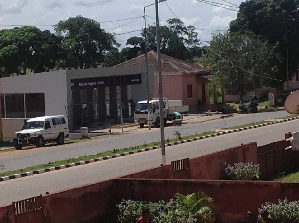 A vila da Damba, com o Banco BPC a ser inaugurado brevemente. Imagem do Muana Damba