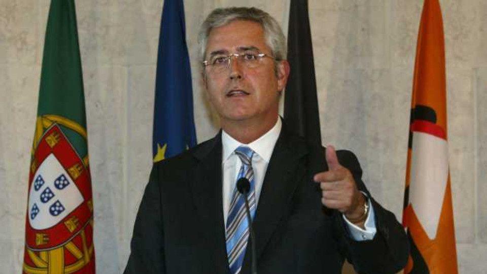 O novo ministro da Justíça de Portugal é natural do Uíge