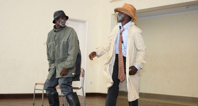O grupo teatral Nzoyi Yeto. Imagem de Arquivo